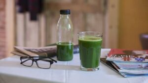 spinach juicer